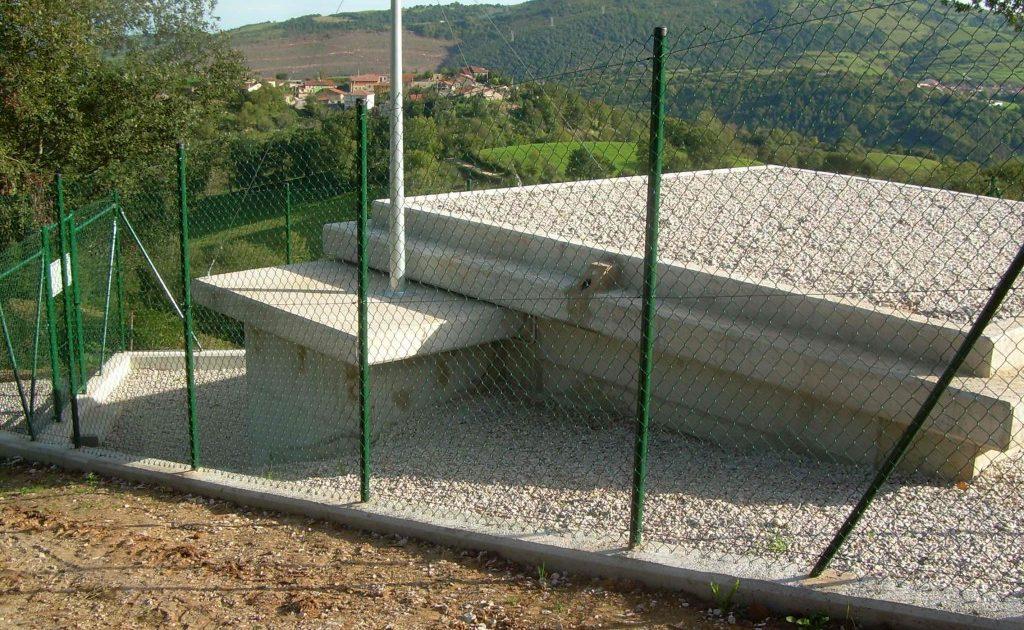 Depósito de Agua en Cades y Red de Abastecimiento